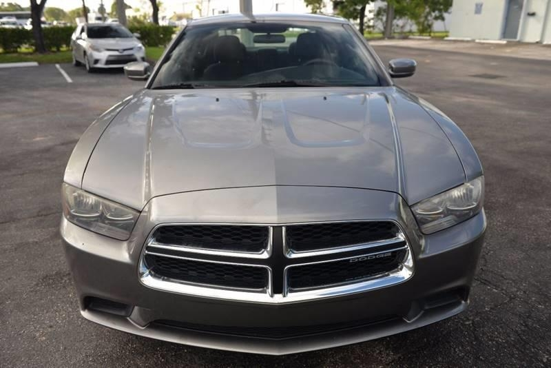 Dodge Charger 2011 price $5,999