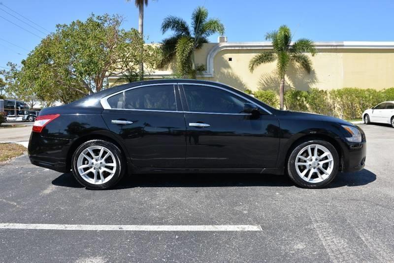 Nissan Maxima 2009 price $4,999