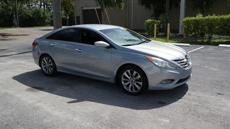 Hyundai Sonata 2012 price $6,499