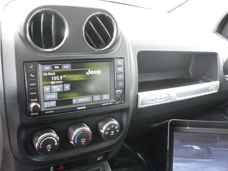 Jeep Compass 2015 price $8,499