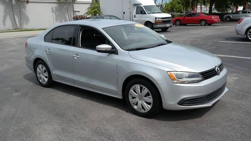 Volkswagen Jetta 2014 price $5,499