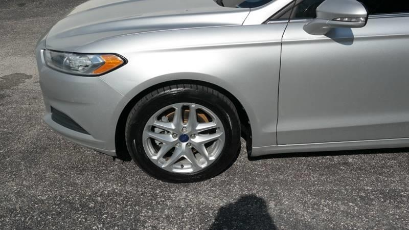 Ford Fusion 2013 price $5,999