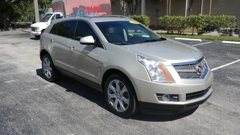 Cadillac SRX 2010 price $7,499