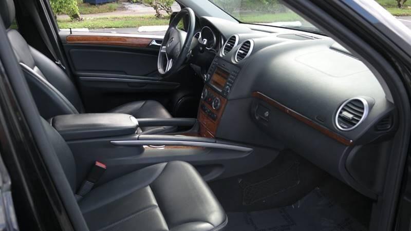 Mercedes-Benz GL-Class 2009 price $12,499