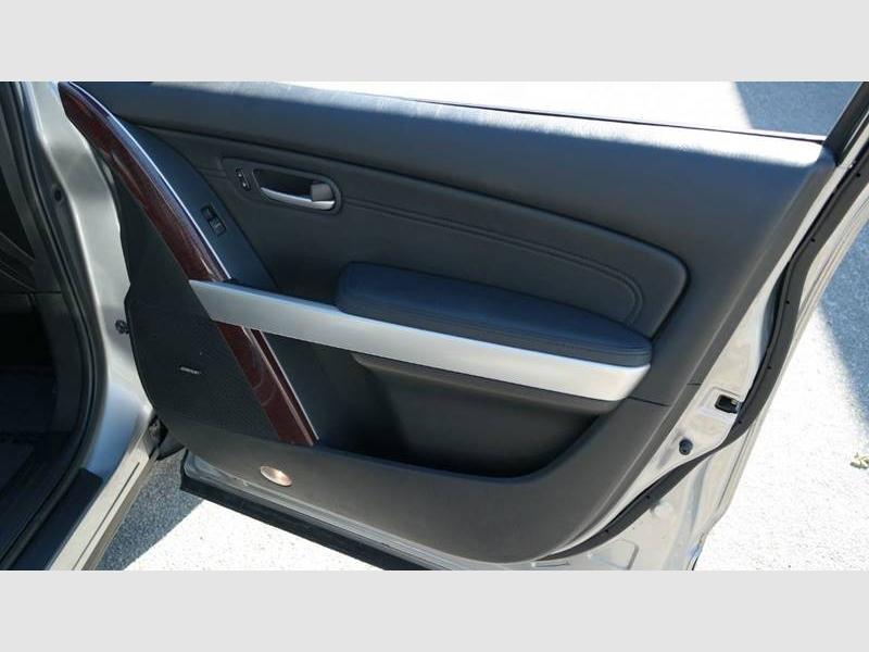 Mazda CX-9 2009 price $4,499