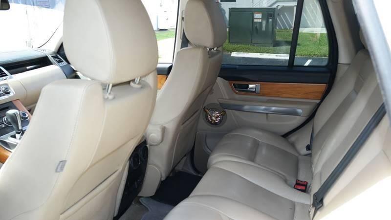 Land Rover Range Rover Sport 2011 price $14,499