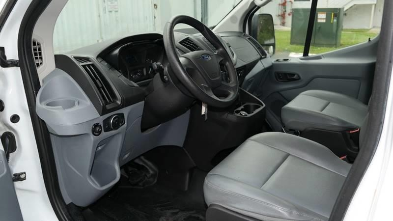 Ford Transit Cargo 2017 price $13,999
