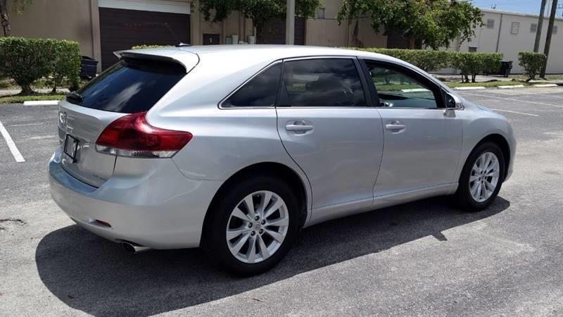 Toyota Venza 2013 price $9,499