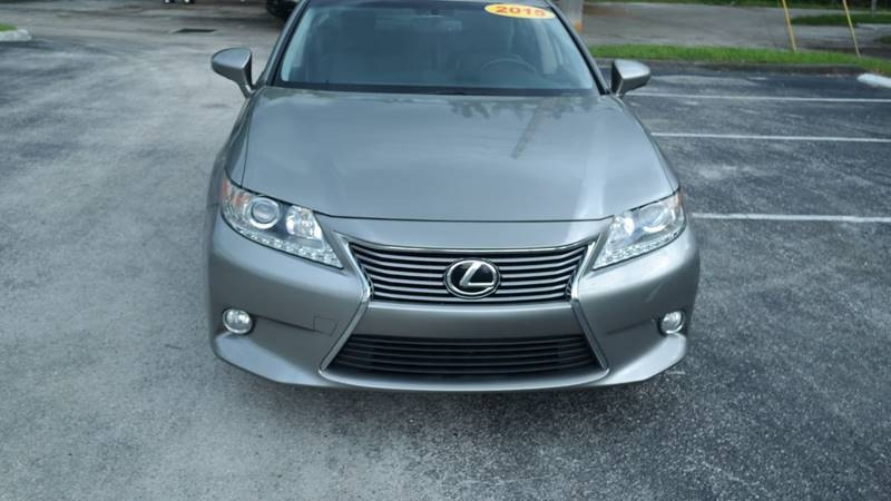 Lexus ES 350 2015 price $13,999