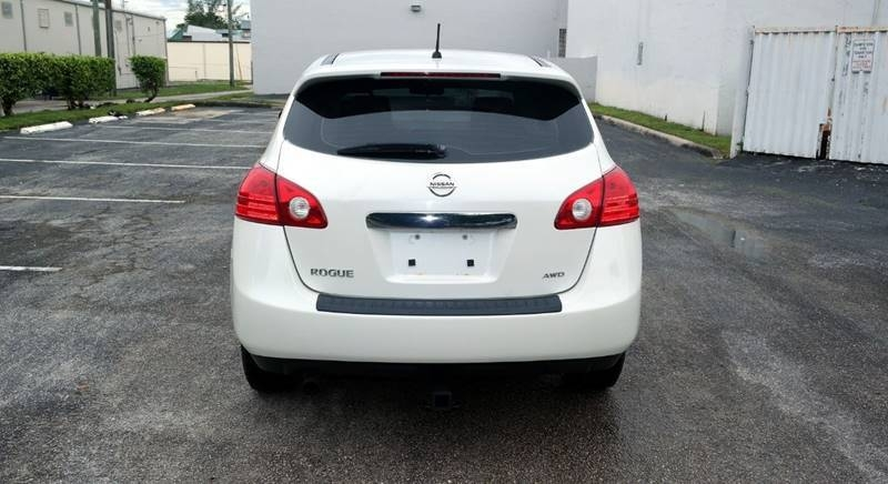 Nissan Rogue 2011 price $5,999