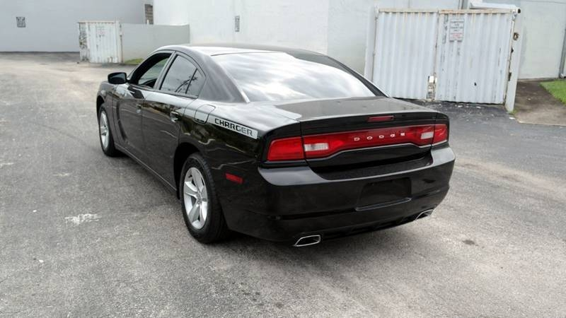 Dodge Charger 2014 price $10,999