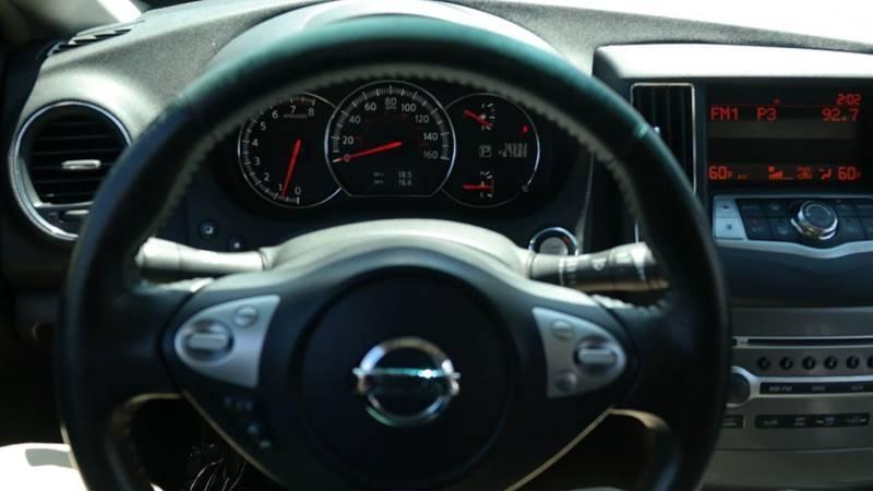 Nissan Maxima 2014 price $10,999