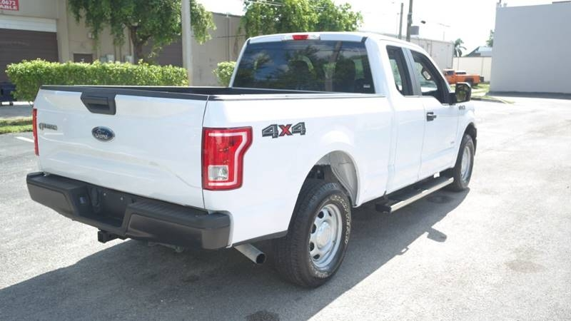 Ford F-150 2017 price $15,999
