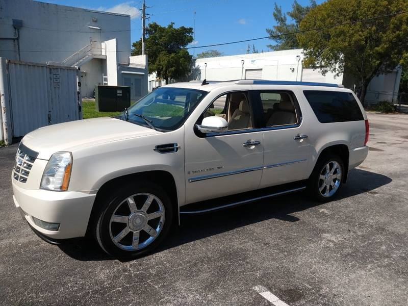 Cadillac Escalade ESV 2008 price $10,999