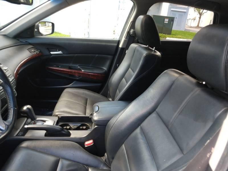 Honda Crosstour 2012 price $7,999
