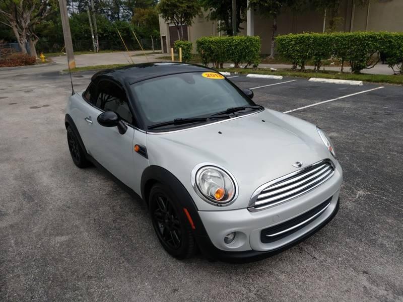 MINI Coupe 2013 price $9,499