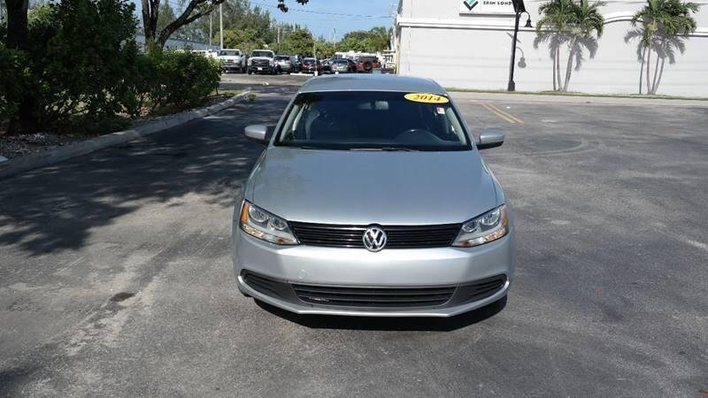 Volkswagen Jetta 2014 price $4,999