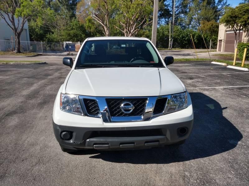 Nissan Frontier 2018 price $11,999