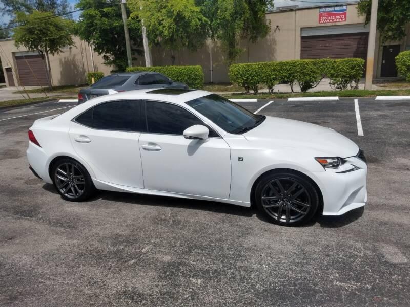 Lexus IS 250 2015 price $16,499