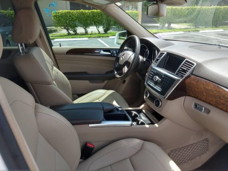 Mercedes-Benz M-Class 2014 price $16,999