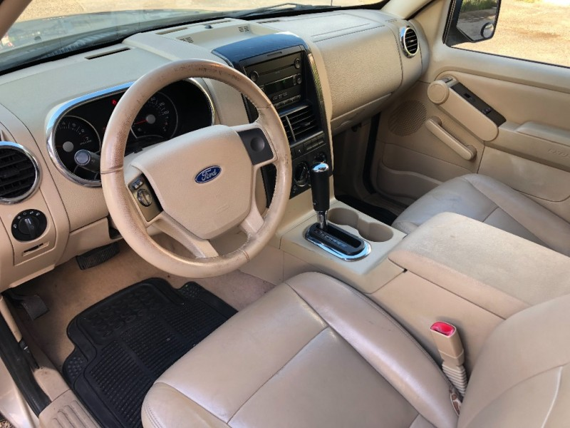 Ford Explorer 2006 price $3,200 Cash