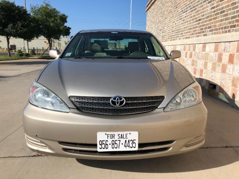 Toyota Camry 2004 price $3,900 Cash
