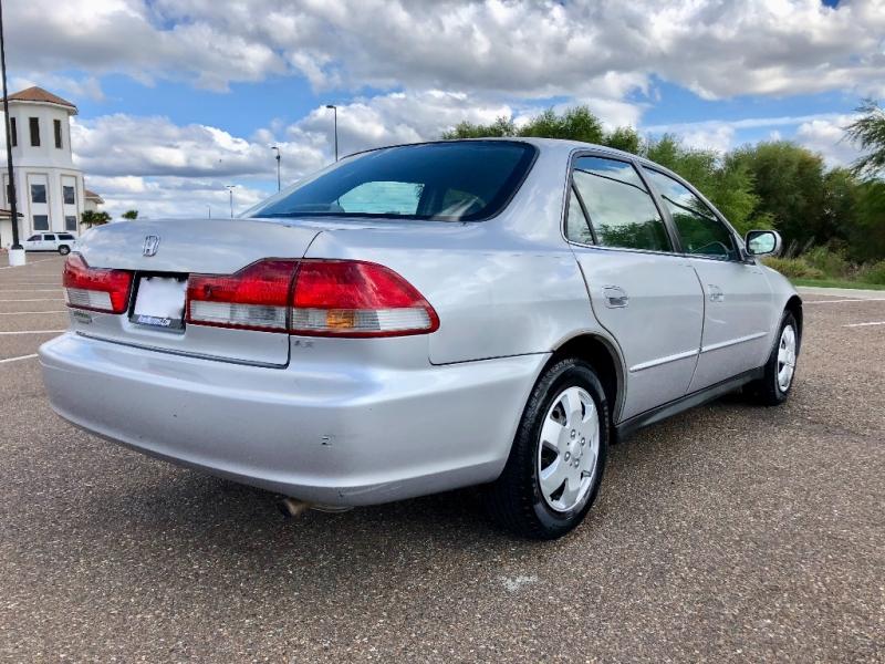 Honda Accord Sdn 2002 price $2,900 Cash