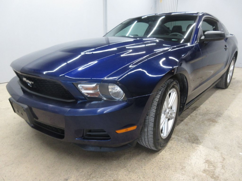 FORD MUSTANG 2012 price $9,999