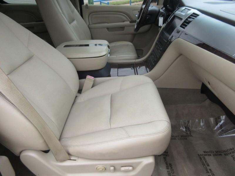 CADILLAC ESCALADE 2011 price $15,999