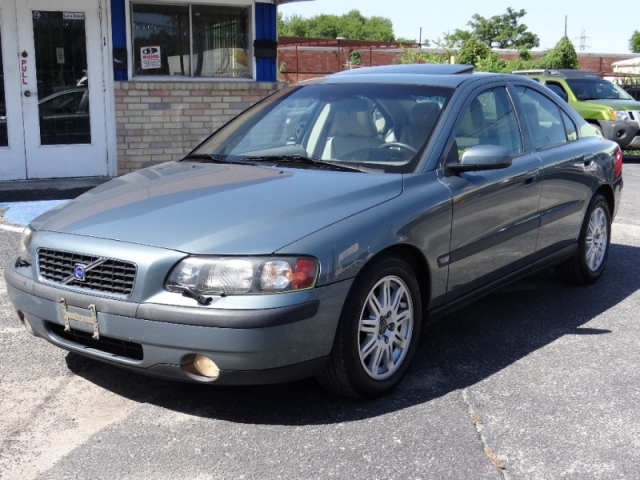 2004 Volvo S60 One Owner