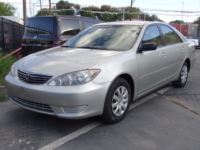 2006 Toyota Camry LE Automatic