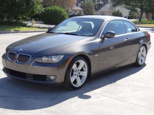 2010 BMW 3-Series 328i Hardtop Convertible