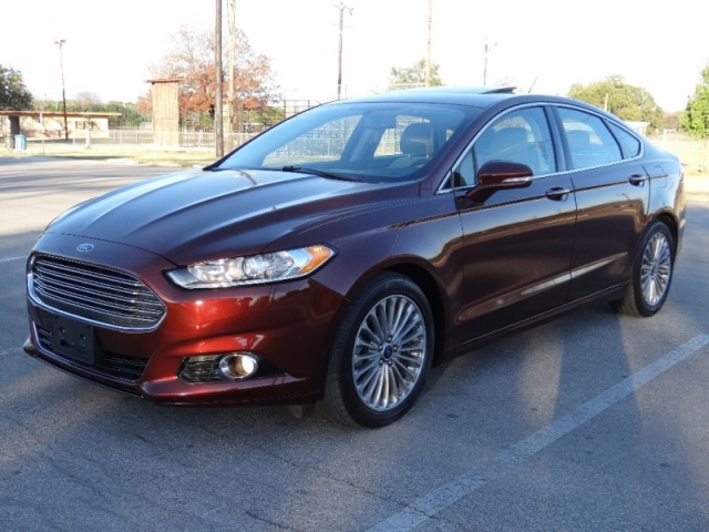 2015 Ford Fusion Titanium *Easy Financing*