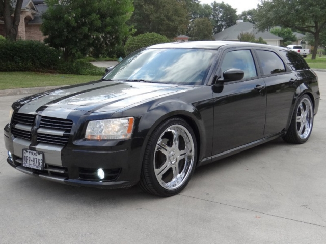 2008 Dodge Magnum SE With 22