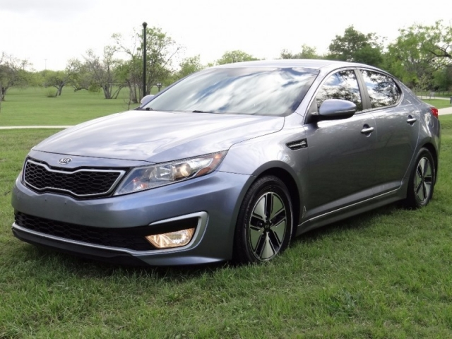 2012 Kia Optima Hybrid 39MPG
