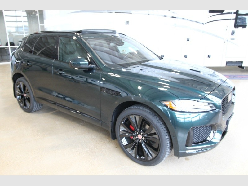 Jaguar F-PACE 2017 price $58,950