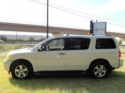 Nissan Armada 2004