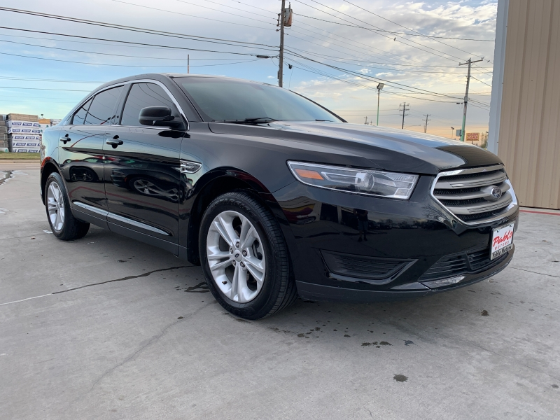 Ford Taurus 2017 price $20,900