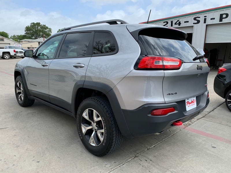 Jeep Cherokee 2017 price $24,900