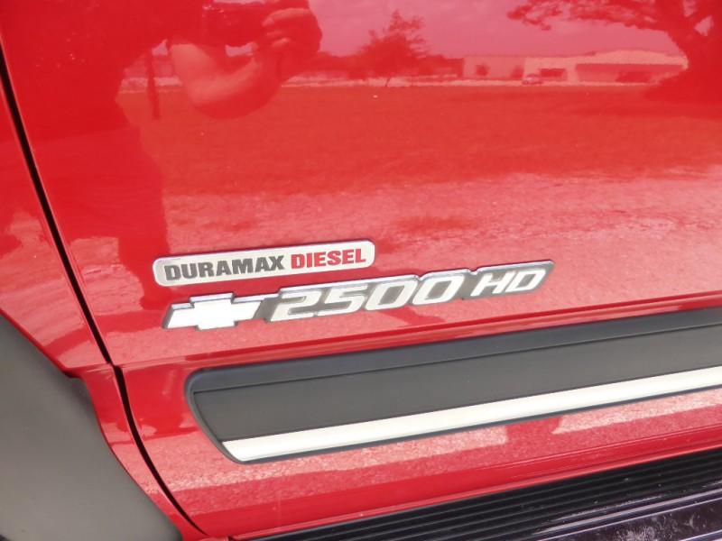 Chevrolet Silverado 2500HD 2004 price $9,995