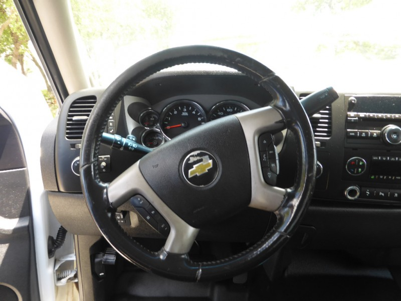 Chevrolet Silverado 2500HD 2011 price $8,995