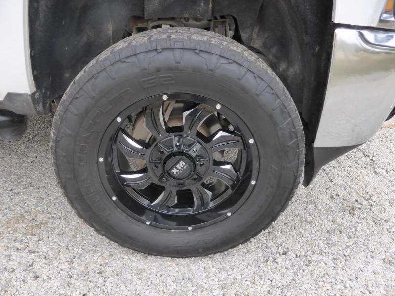 Chevrolet Silverado 2500HD Built After Aug 14 2015 price $28,995
