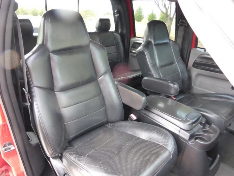 Ford Super Duty F-250 2005 price $11,995