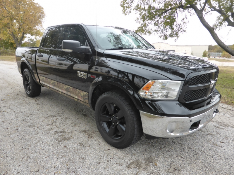 2015 Dodge Ram Trucks >> 2015 Dodge Ram 1500 4wd Crew Cab 140 5 Big Horn