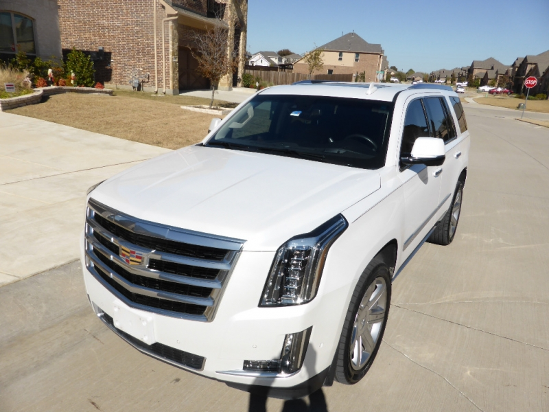 Cadillac Escalade 2017 price $45,995