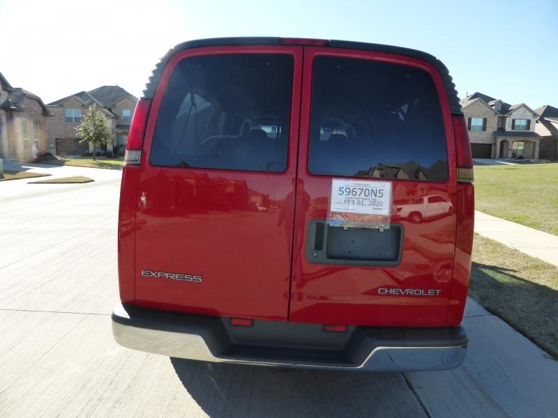 Chevrolet Express Van 2002 price $8,995