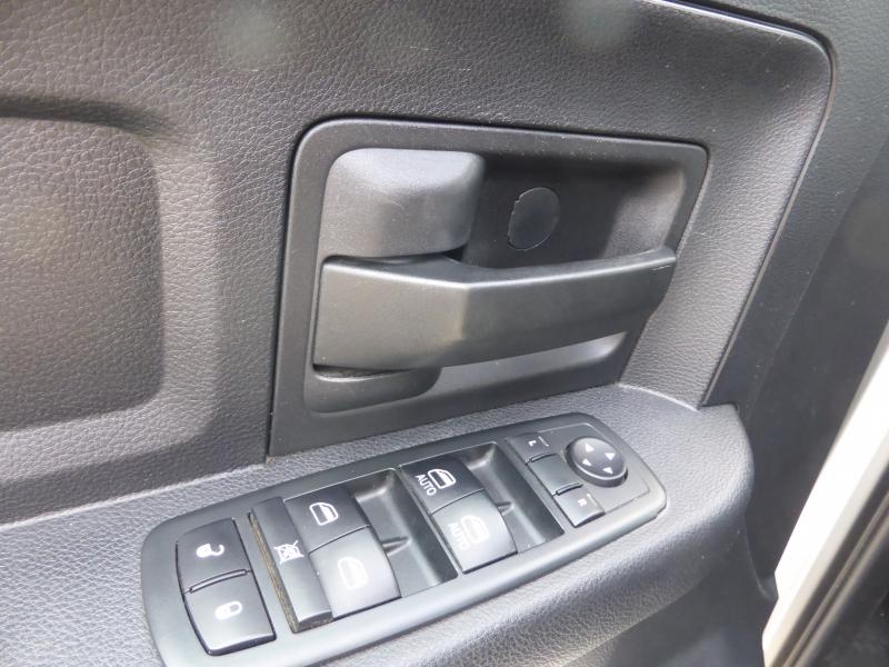 Dodge Ram 2500 2013 price $21,995