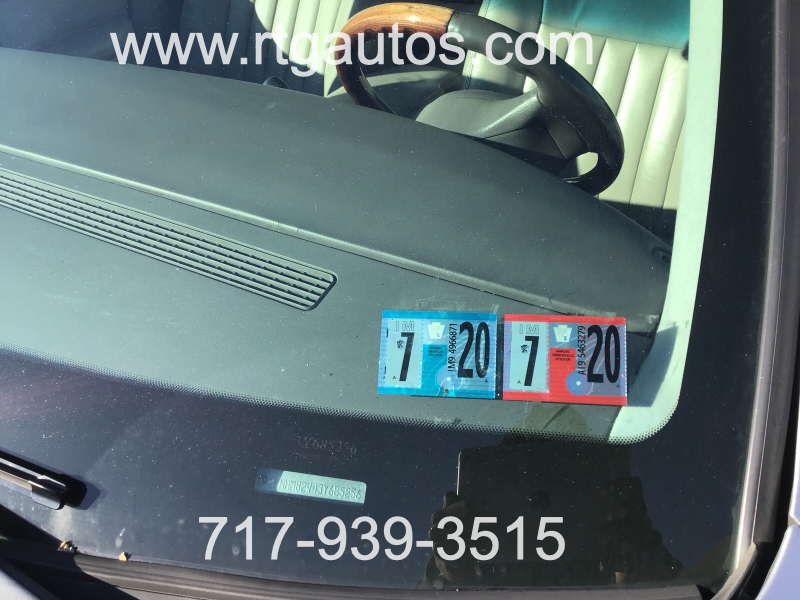 Lincoln Town Car 2003 price $2,495