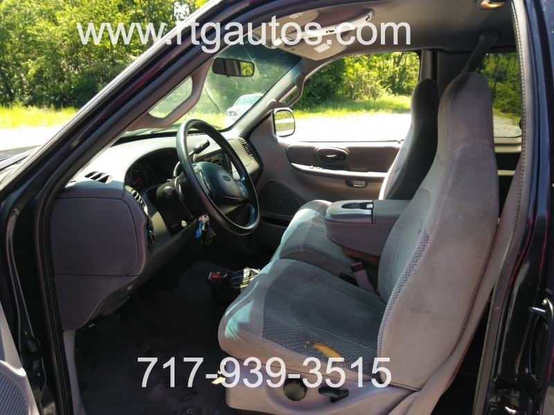 Ford F-150 2000 price $2,300