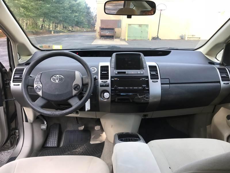 Toyota Prius 2008 price $4,299